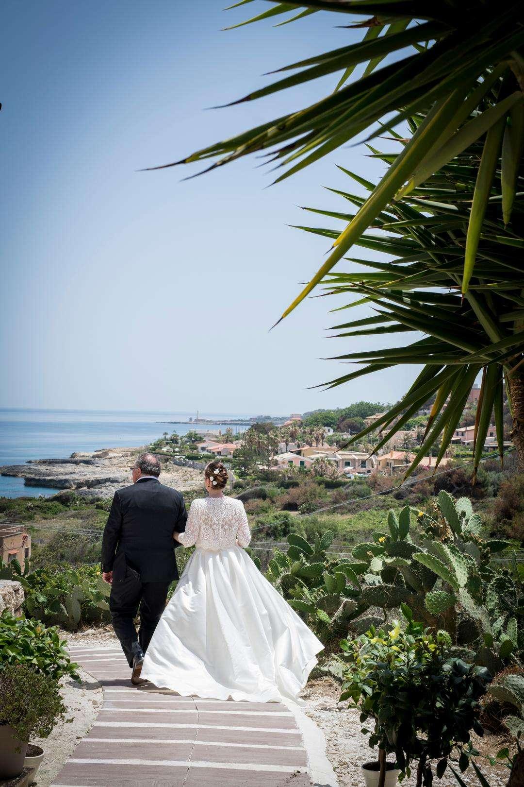 sposa và alla cerimonia