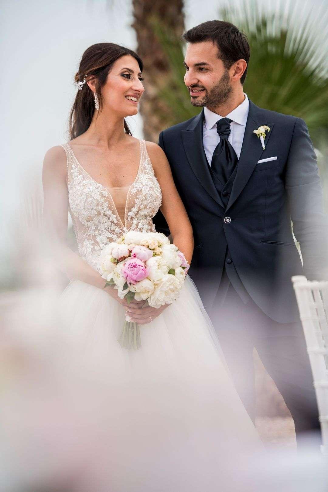 sposi si guardano